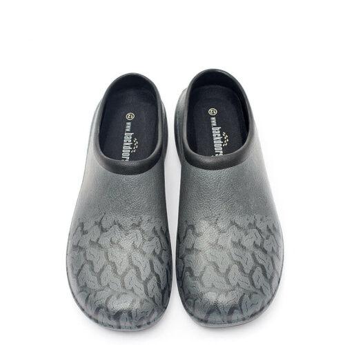 træ sko med dækmønster