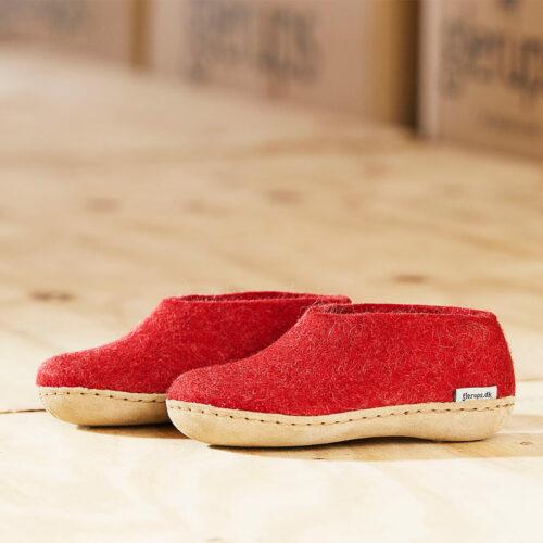 Glerups hjemmesko - støvler ✅ Kom igennem den kolde vintertid med varme fødder ➤ Glerups sutsko i filt. Varme & tørre fødder. Str. 35-51.